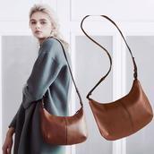 Túi đeo chéo thời trang Elle EFZGFH19