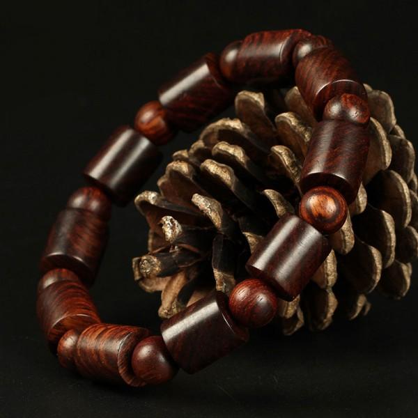 Vòng tay phong thuỷ gỗ Sưa đỏ 12li dạng đốt trúc